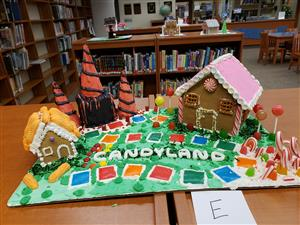 Nutrition Class Makes Gingerbread Houses!