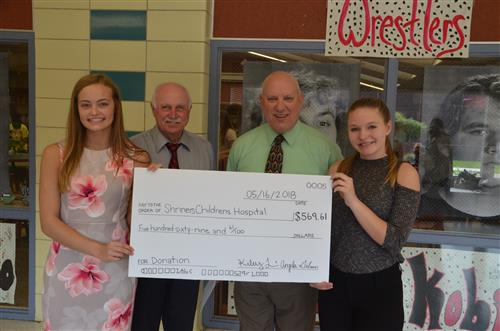 Interact Club Raises Funds for Good Cause