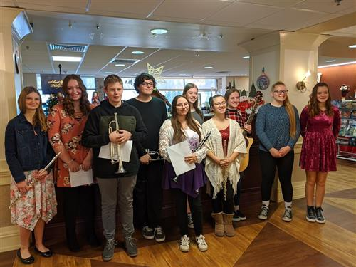 Music Students Bring Holiday Cheer